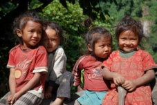 Kinder in Thumen/Nepal
